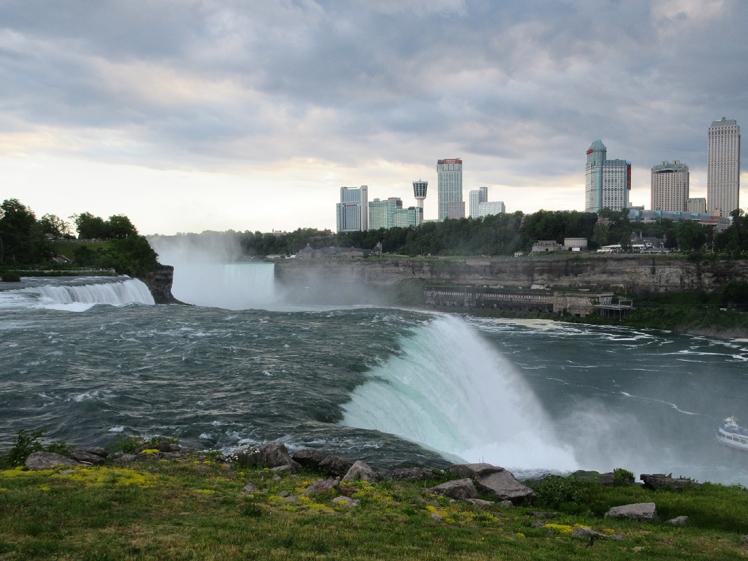 Niagara Falls State Park - Niagara Falls, New York, US on a budget